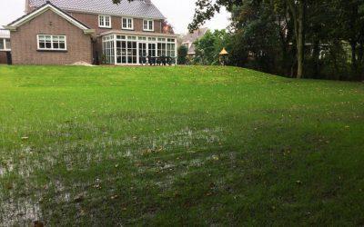 Een periode van aanhoudende regen kan voor veel wateroverlast zorgen